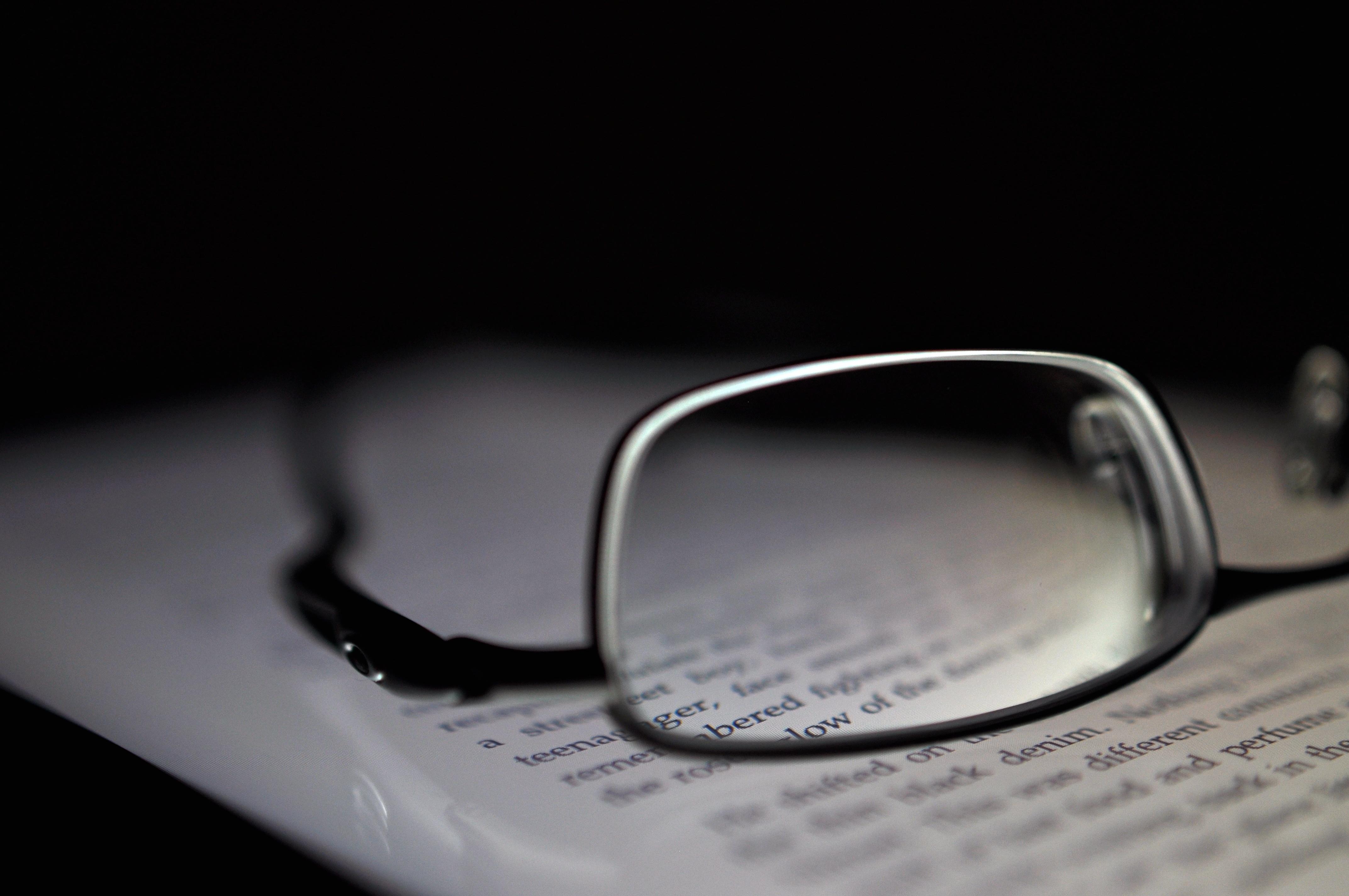 近視(レーシック、オルソケラトロジーなど)—知っておくべき治療法④