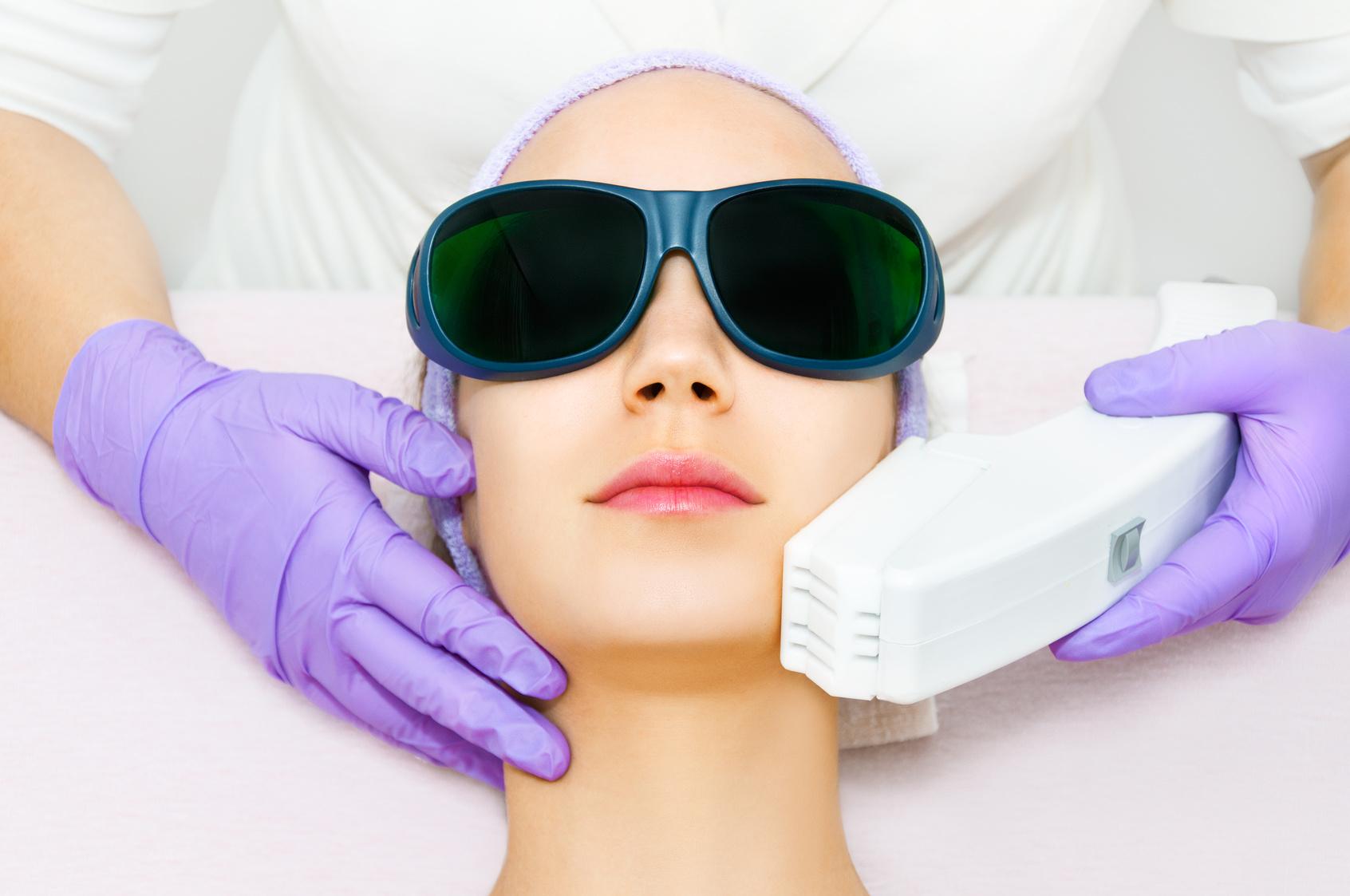 症状・疾患別受診すべき医療機関-⑰形成外科・美容外科