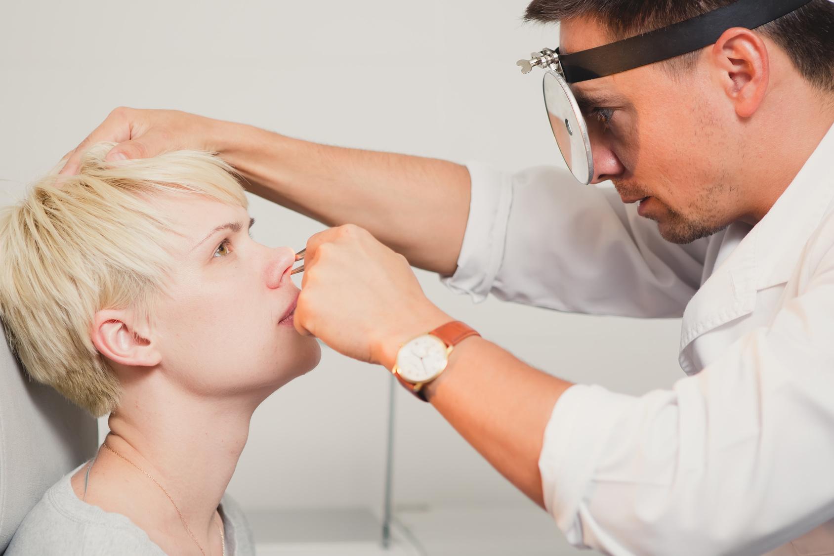 慢性副鼻腔炎の治療に有効なマクロライド療法とは