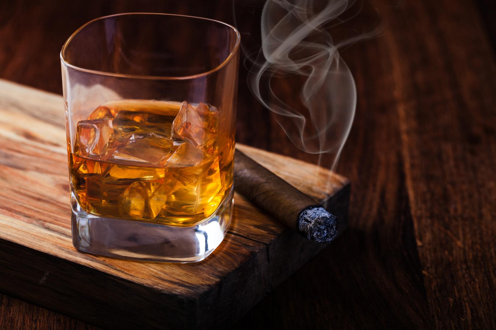 飲酒とタバコをされる方は咽頭がんのリスクが高いです!