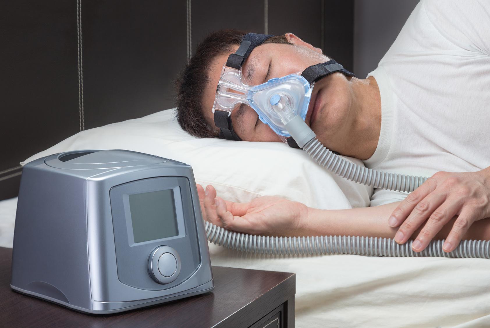 睡眠時無呼吸症候群の70%以上が肥満!