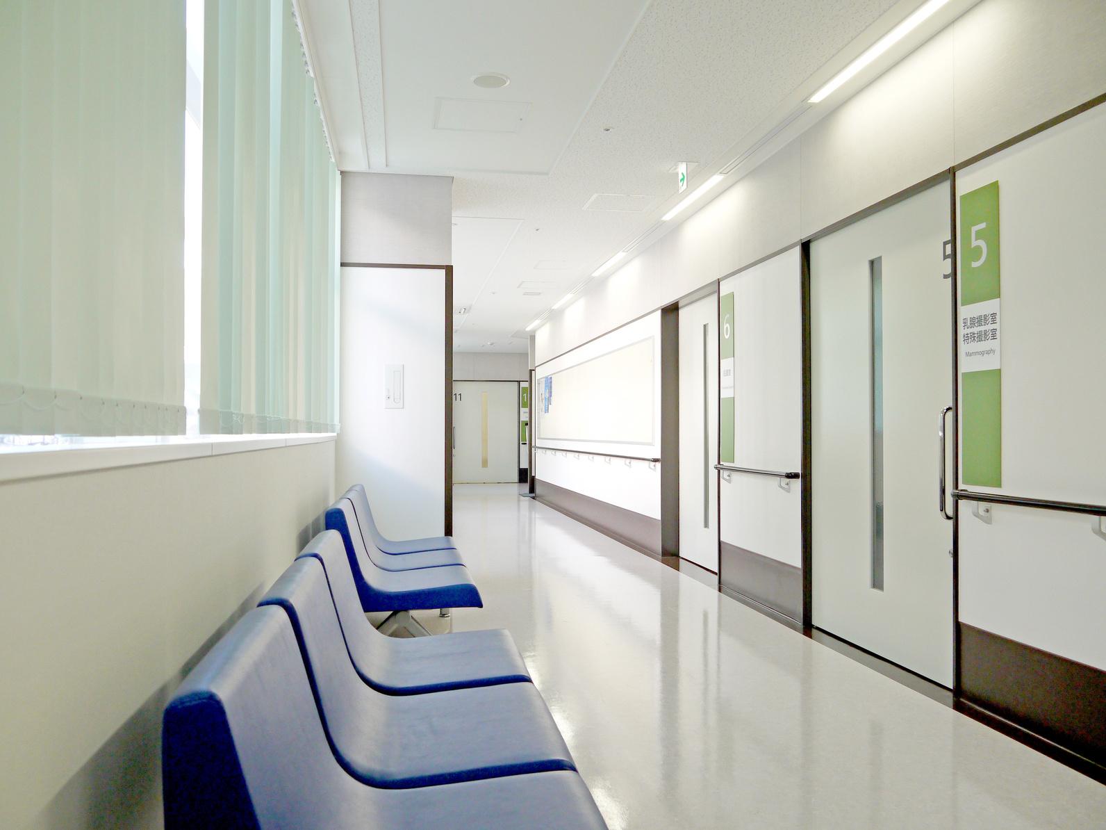 抗がん剤治療も年間症例数の多い名医のいる病院で受けると死亡リスクが低下します