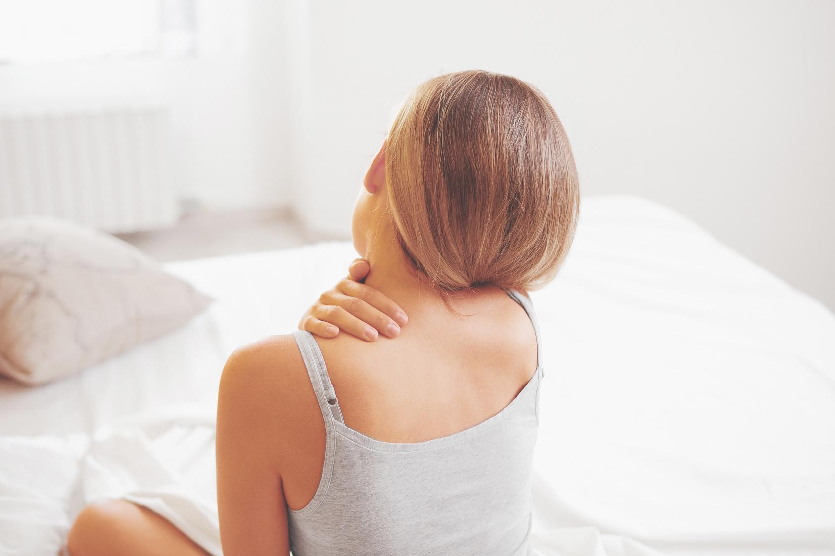 肩が痛い時は温めればいいの?冷やせばいいの?