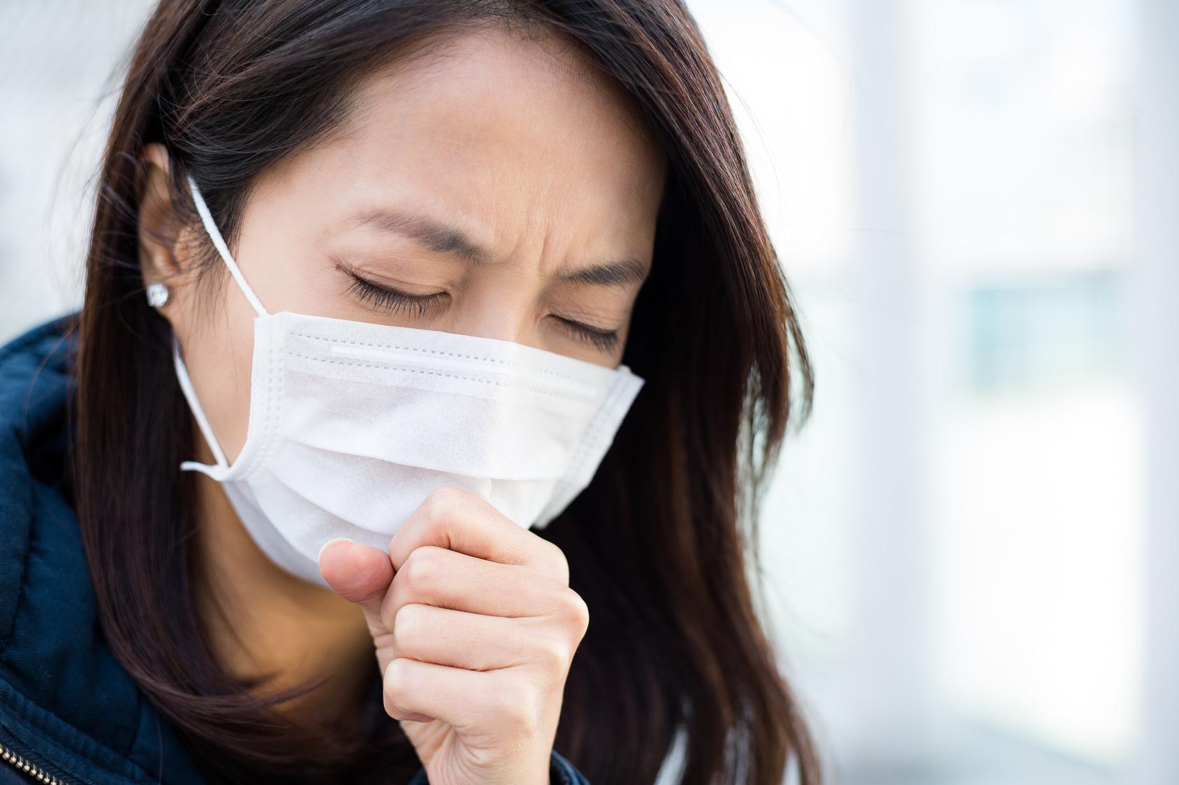 咳が止まらない!自分で対処したいけど病院に行った方がいい?