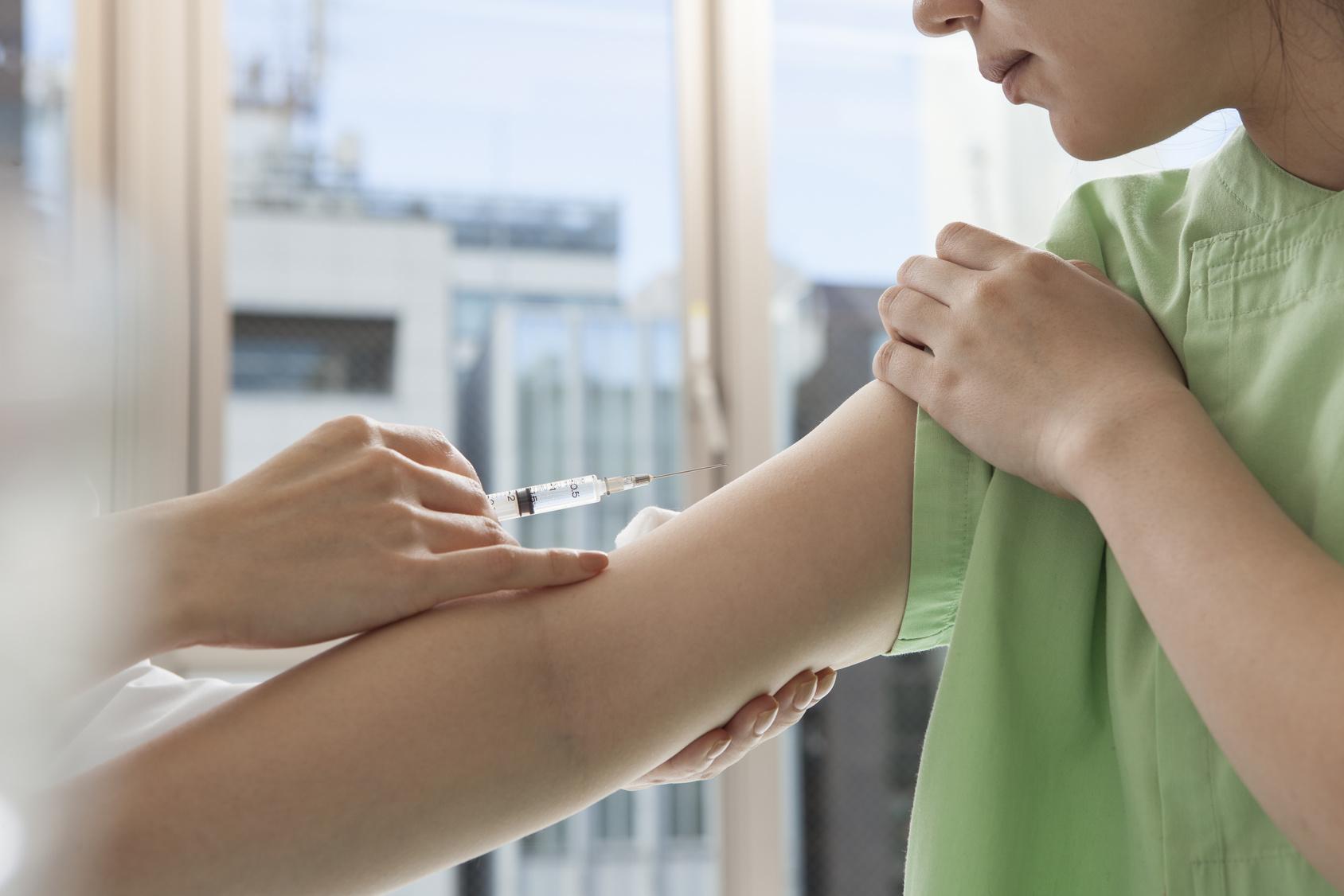 インフルエンザで受診するときは早すぎても検査できないし、遅すぎてもお薬が効かないから難しい!